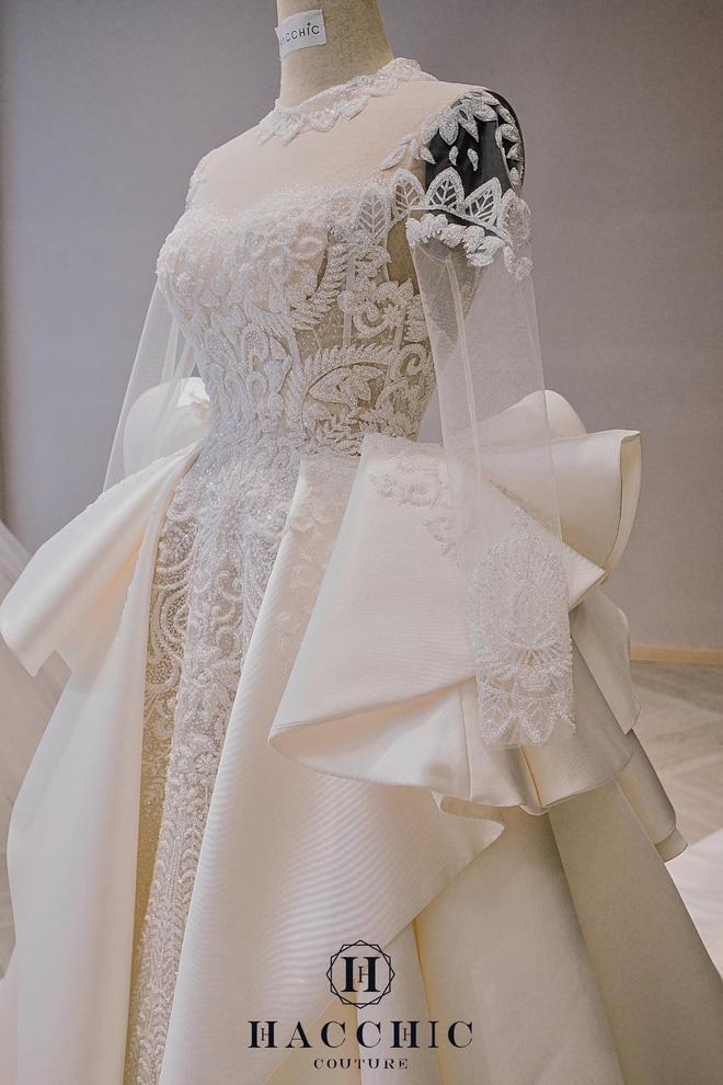 Mix & Phối - Dự đoán váy cưới cô dâu Viên Minh - vợ Công Phượng sẽ mặc tại Phú Quốc: Vẫn tối giản, trang nhã hay cầu kì, quyến rũ? - chanvaydep.net 7