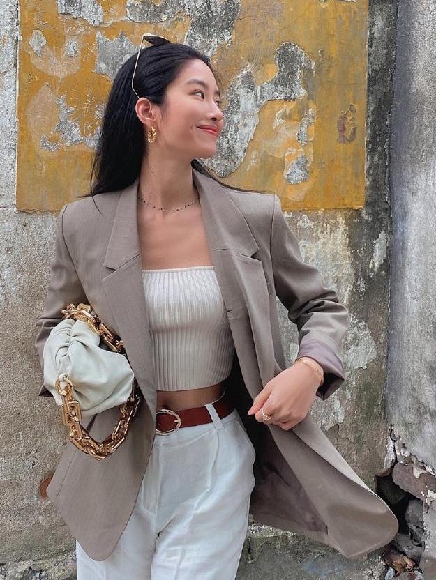 Mix & Phối - Cô nàng Trung Hoa trót mê style Pháp: Đến áo len cổ lọ cũng có cách hack dáng thon gọn, chưa kể 5 tips khác cũng hay ho không kém - chanvaydep.net 12