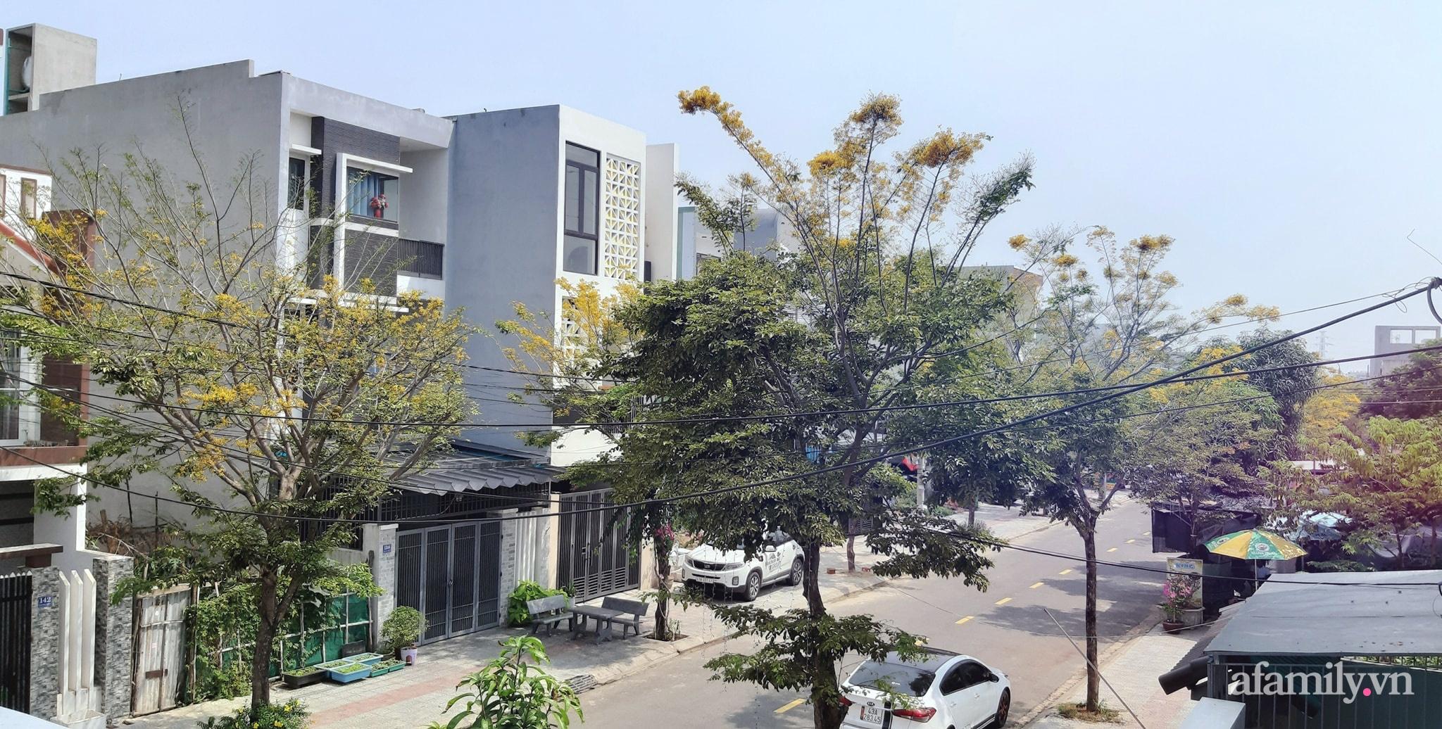 Nhà phố góc nào cũng chill nhờ phương châm cùng nhau tự trang trí của cặp vợ chồng trẻ ở Đà Nẵng - Ảnh 1.