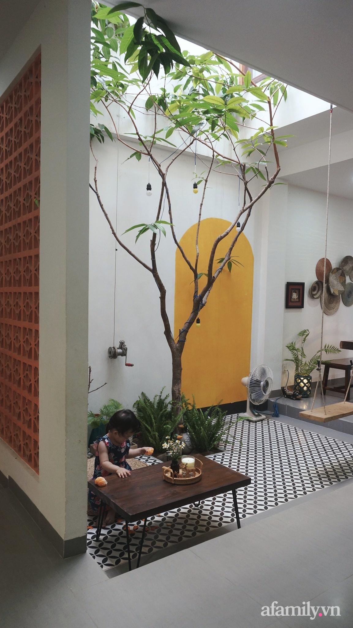 Nhà phố góc nào cũng chill nhờ phương châm cùng nhau tự trang trí của cặp vợ chồng trẻ ở Đà Nẵng - Ảnh 7.