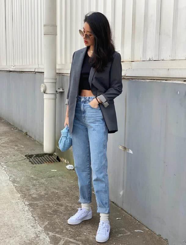 Mix & Phối - Cô nàng Trung Hoa trót mê style Pháp: Đến áo len cổ lọ cũng có cách hack dáng thon gọn, chưa kể 5 tips khác cũng hay ho không kém - chanvaydep.net 11