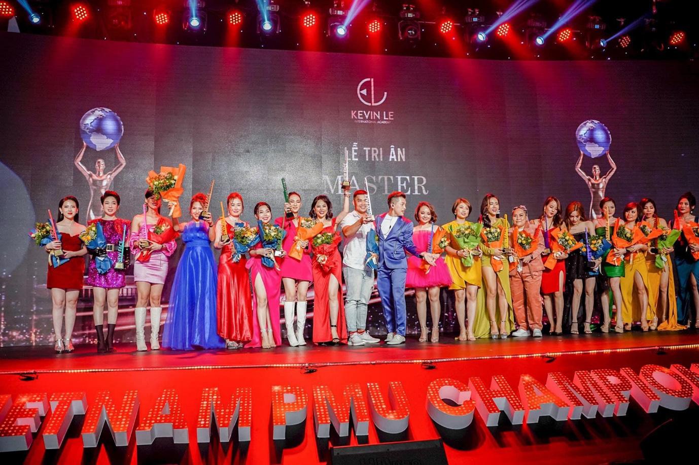 Dấu ấn khó quên của Thu Anh Brows tại Vietnam PMU Championship 2020 - Ảnh 1.