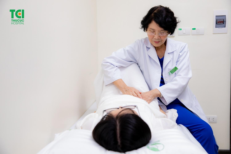 Đau tức ngực: Ngỡ bệnh tim không ngờ căn bệnh thầm lặng khác - Ảnh 2.