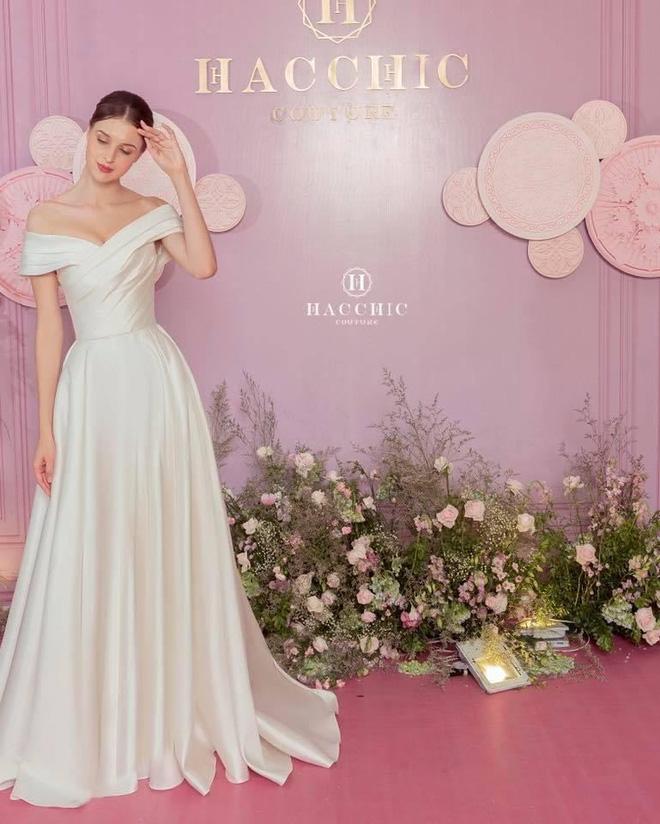 Mix & Phối - Dự đoán váy cưới cô dâu Viên Minh - vợ Công Phượng sẽ mặc tại Phú Quốc: Vẫn tối giản, trang nhã hay cầu kì, quyến rũ? - chanvaydep.net 4