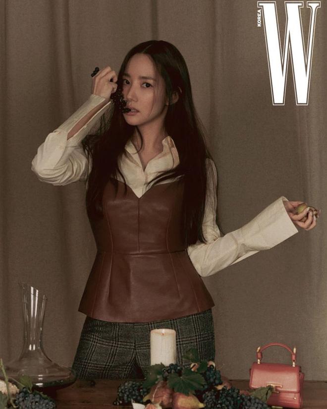 Jeon Ji Hyun vừa tái xuất đã đụng hàng với 2 mỹ nhân Park Min Young và Joy, ai mới là người đẹp nhất? - Ảnh 5.
