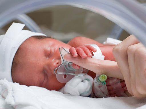 """""""Sát thủ"""" khiến cả triệu trẻ tử vong: Dấu hiệu cha mẹ cần biết để đưa con đi bệnh viện - Ảnh 1."""