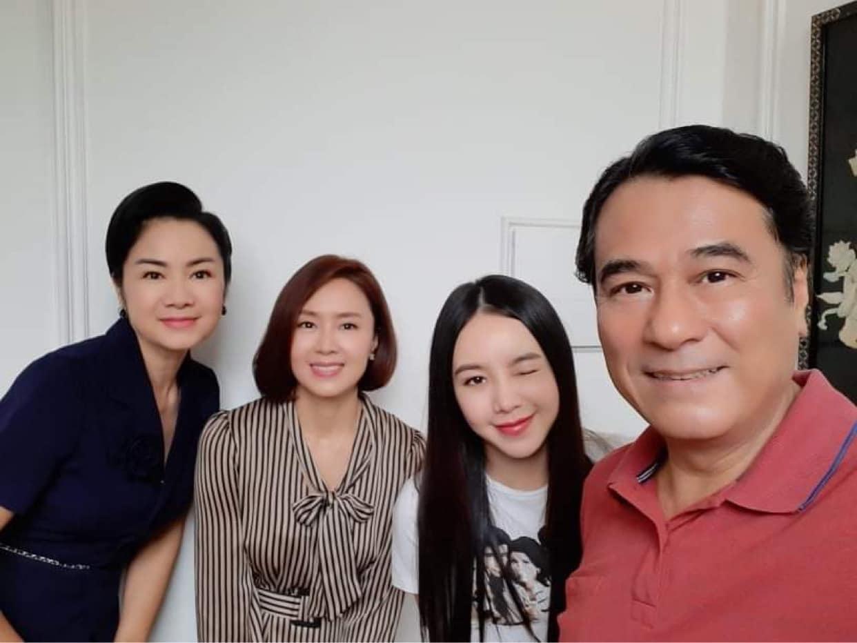Dân mạng sốc vì nữ diễn viên thủ vai mẹ Hồng Diễm, Quỳnh Kool mà nhìn