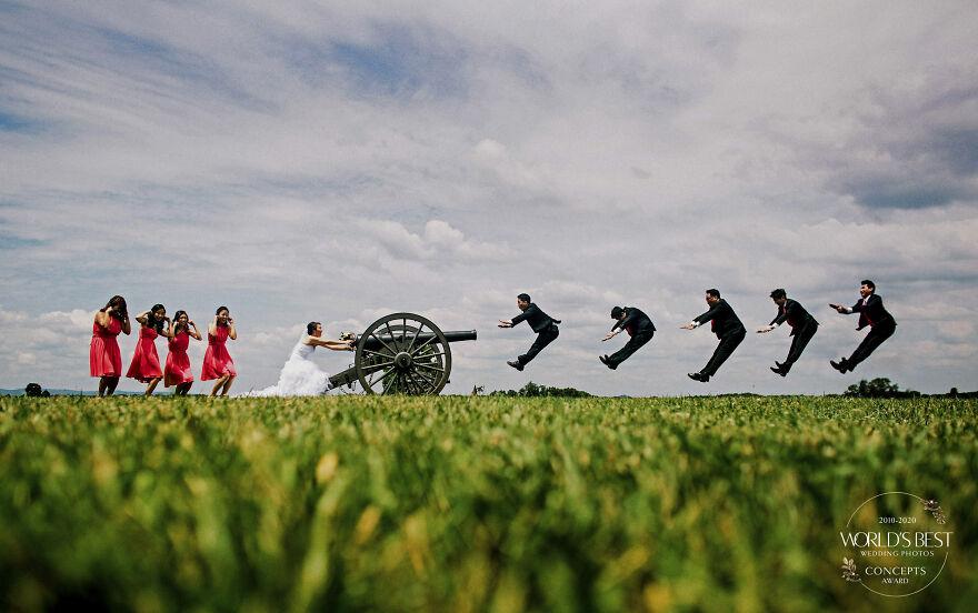 15 ảnh cưới nổi bật và sáng tạo nhất của thập kỷ được công bố - Ảnh 29.
