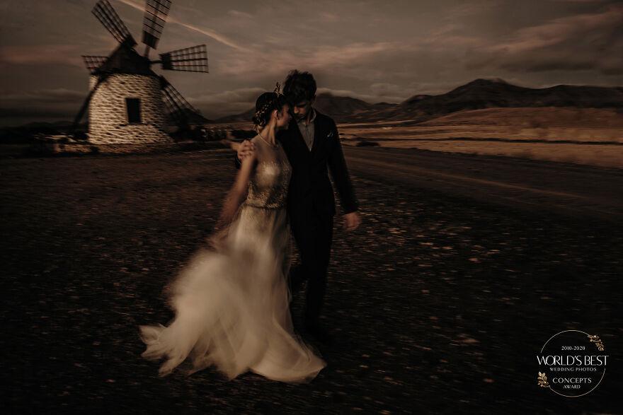 15 ảnh cưới nổi bật và sáng tạo nhất của thập kỷ được công bố - Ảnh 11.
