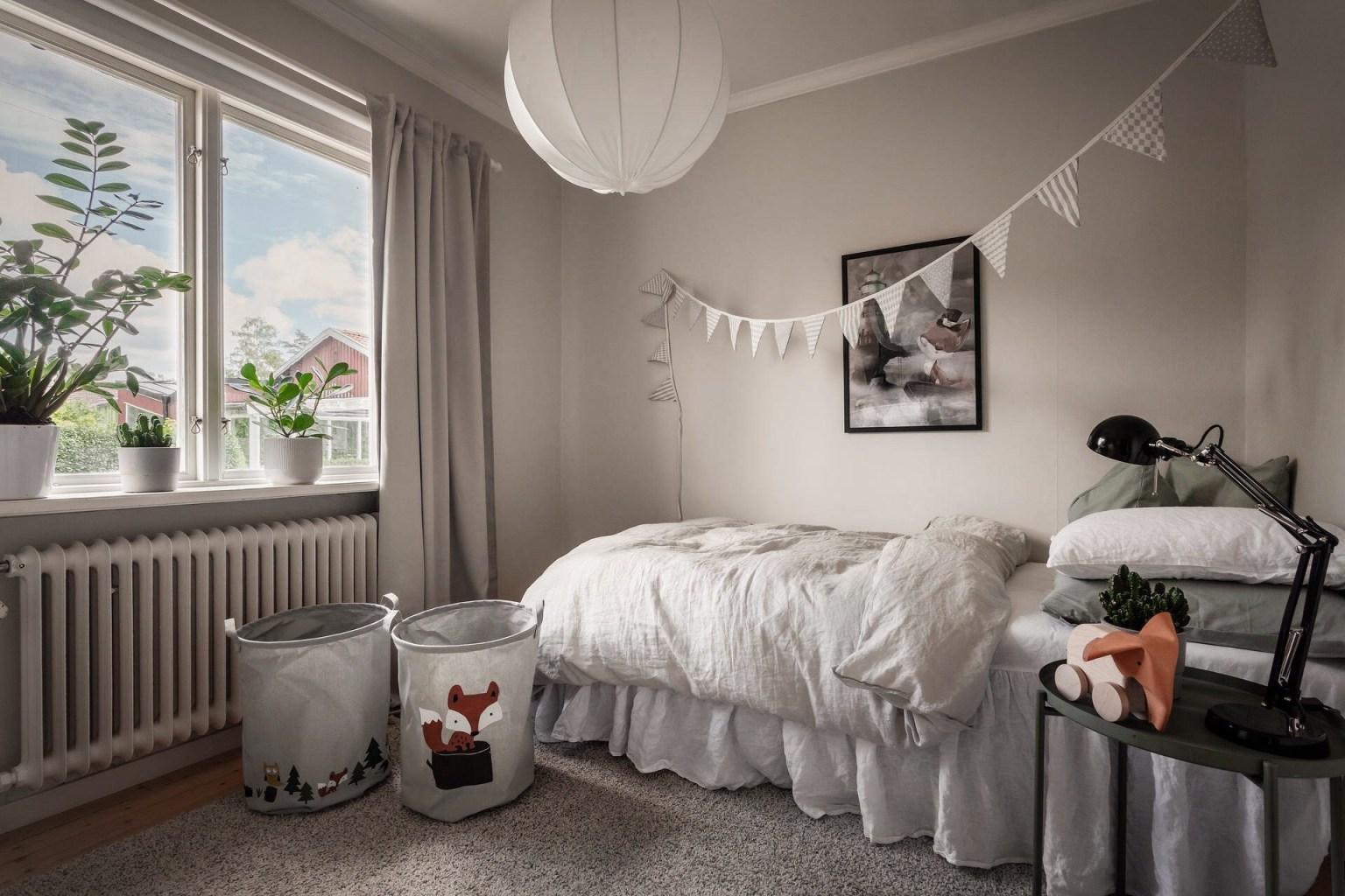 """23 kids bedroom 16056887145491737637421 - Căn nhà cấp 4 màu xanh da trời nhìn ngoài thì bình thường mà bên trong khiến ai cũng """"sững sờ"""""""