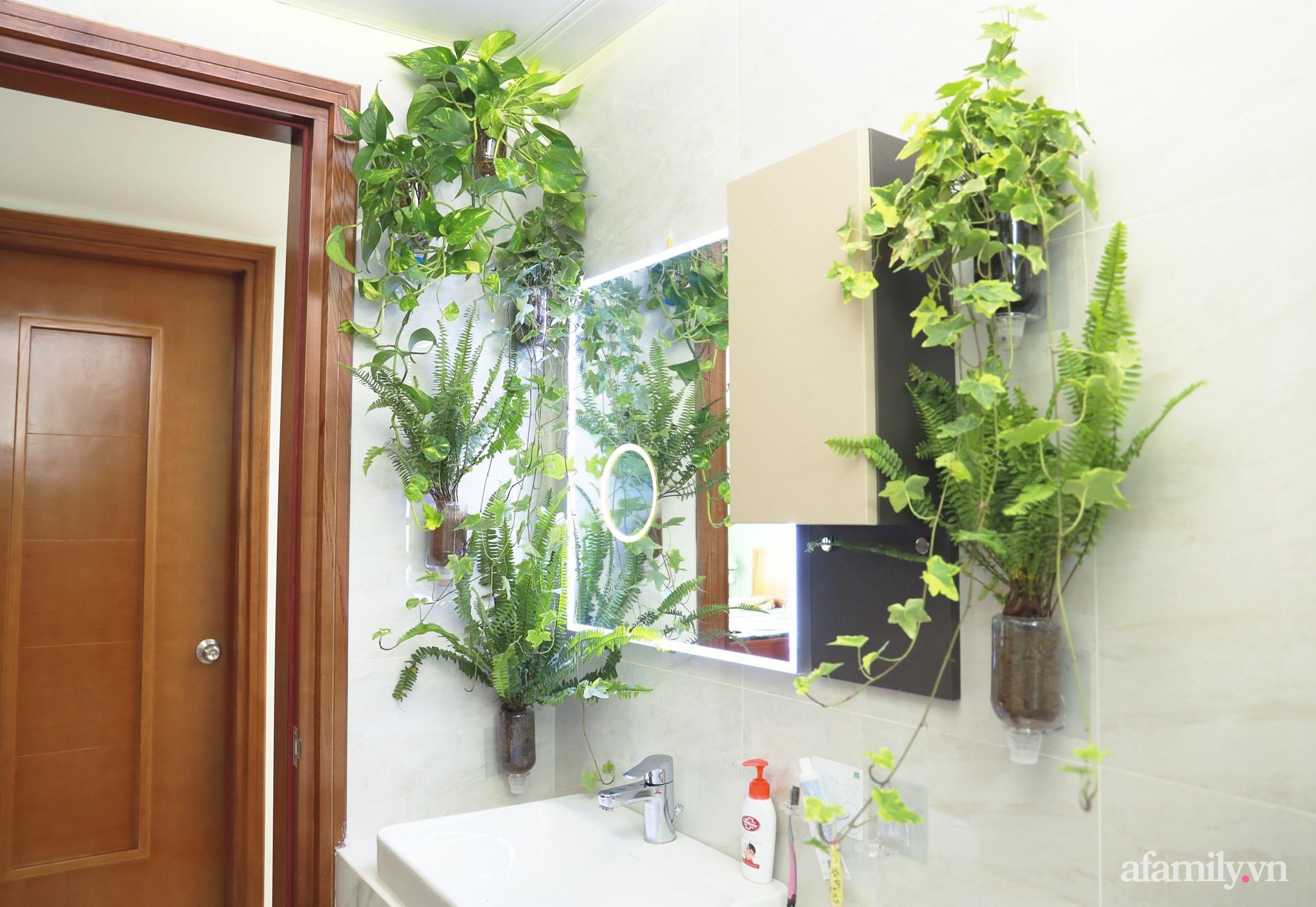 """Biến hình phòng tắm đúng chuẩn hội """"nghiện nhà yêu cây"""" từ những đồ nội thất nhà nào cũng có của cô gái Hà Nội  - Ảnh 8."""
