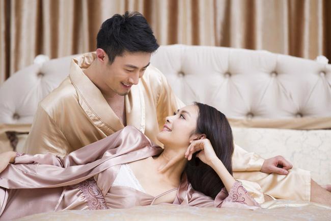 Sau mỗi cuộc yêu, phụ nữ thường nghĩ đây là hành động thừa mà không biết rằng thực hiện được chúng họ sẽ khiến đàn ông mê mẩn cả đời - Ảnh 1.