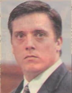 Say xỉn vẫn đòi lái xe, người đàn ông gây tai nạn giết chết 2 cô gái, 2 năm sau, mẹ của nạn nhân khiến tên tội phạm bật khóc tại tòa - Ảnh 1.