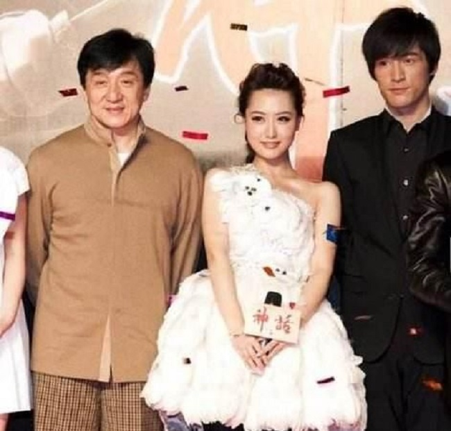 Bạch Băng được cho là có mối quan hệ đặc biệt với Dương Thụ Thành và Thành Long.