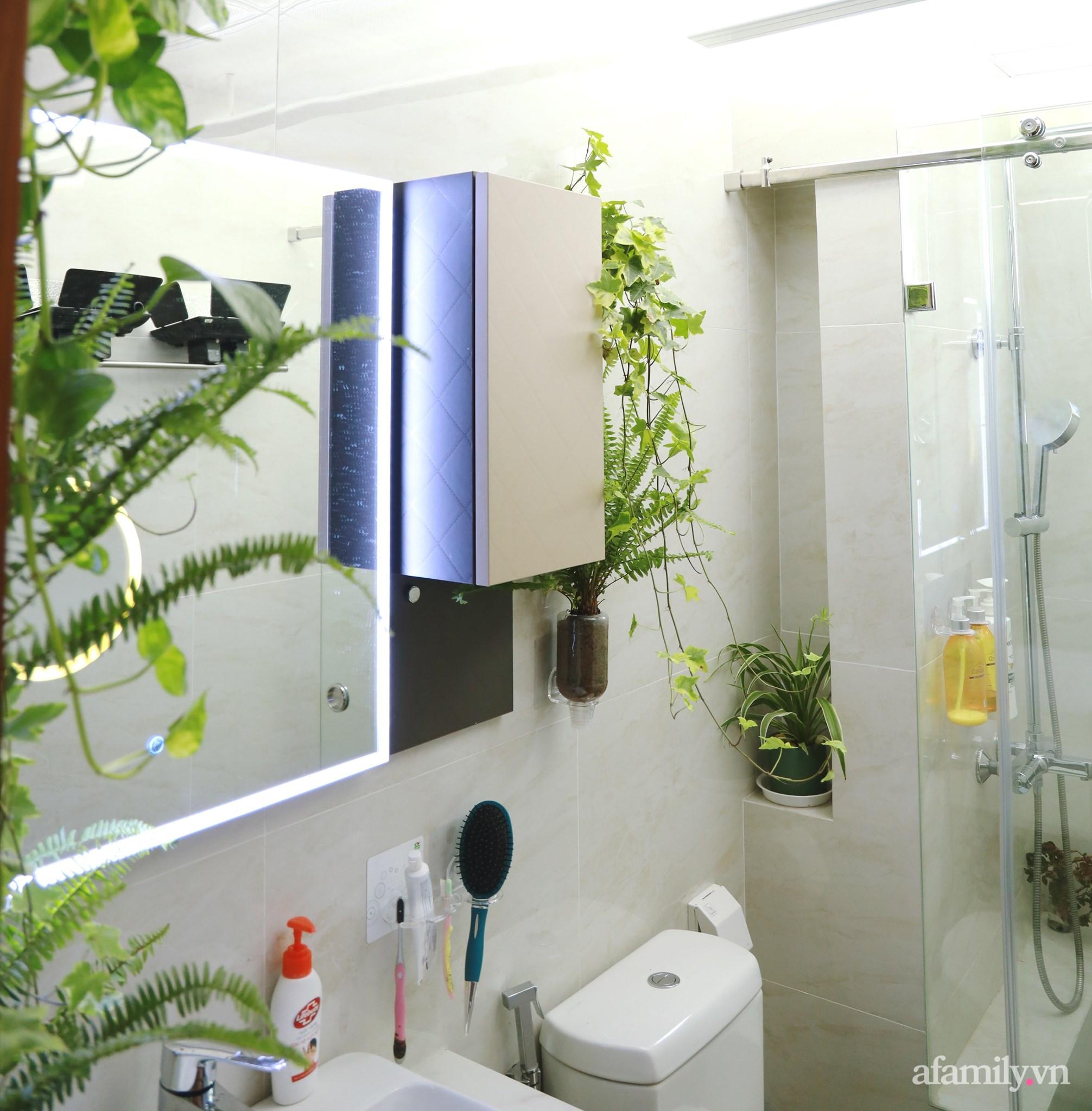 """Biến hình phòng tắm đúng chuẩn hội """"nghiện nhà yêu cây"""" từ những đồ nội thất nhà nào cũng có của cô gái Hà Nội  - Ảnh 5."""