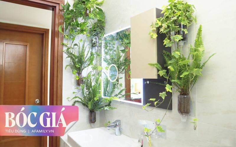 """Biến hình phòng tắm đúng chuẩn hội """"nghiện nhà yêu cây"""" từ những đồ nội thất nhà nào cũng có của cô gái Hà Nội"""