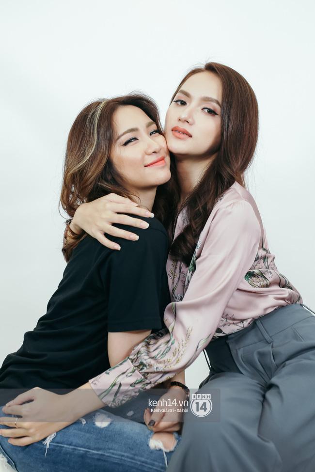 Hương Giang khoe ảnh xinh để chính thức trở lại công việc hậu drama với antifan, Hoà Minzy liền có động thái gây chú ý - Ảnh 5.