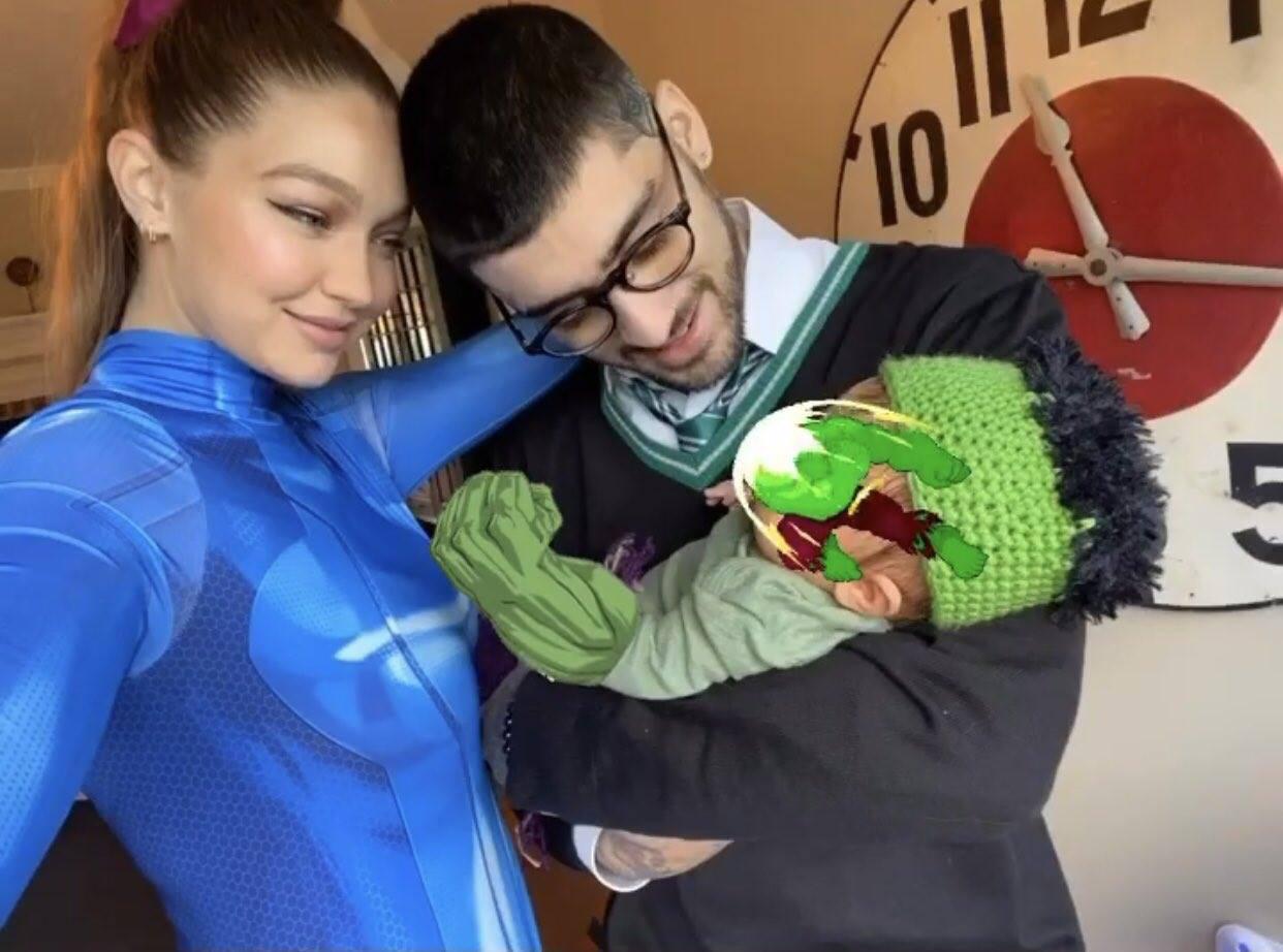 Cặp đôi số 1 Hollywood Gigi Hadid - Zayn Malik gây bão khi chia sẻ bức ảnh đầu tiên về con gái cưng trong dịp Halloween - Ảnh 2.