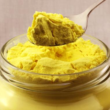 """2 cách pha tinh bột nghệ với hương vị thơm ngon giúp bạn vừa """"trị bách bệnh"""", vừa đẹp da giữ dáng - Ảnh 1."""