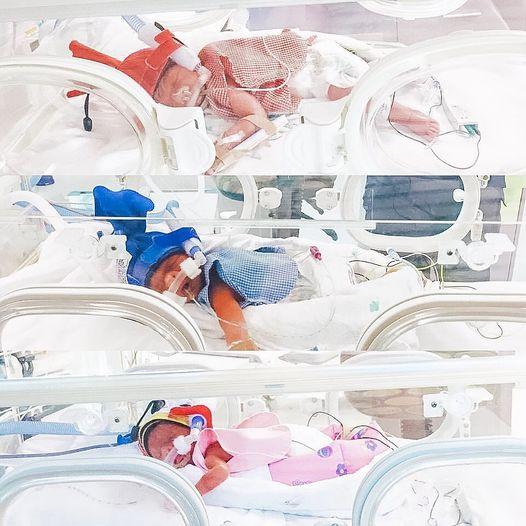 Đã có 6 con nhưng vẫn chưa thỏa lòng, bà mẹ quyết định sinh thêm lần nữa, nhìn bức ảnh gia đình ai cũng choáng váng