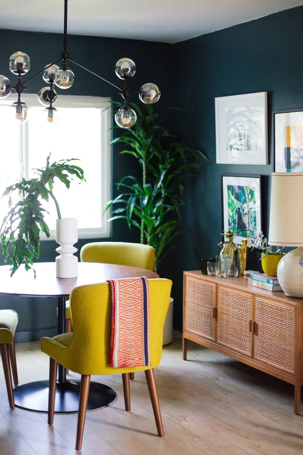 """Những màu sơn """"đắt giá"""" được mệnh danh là """"cứu cánh"""" cho những căn phòng nhỏ - Ảnh 5."""