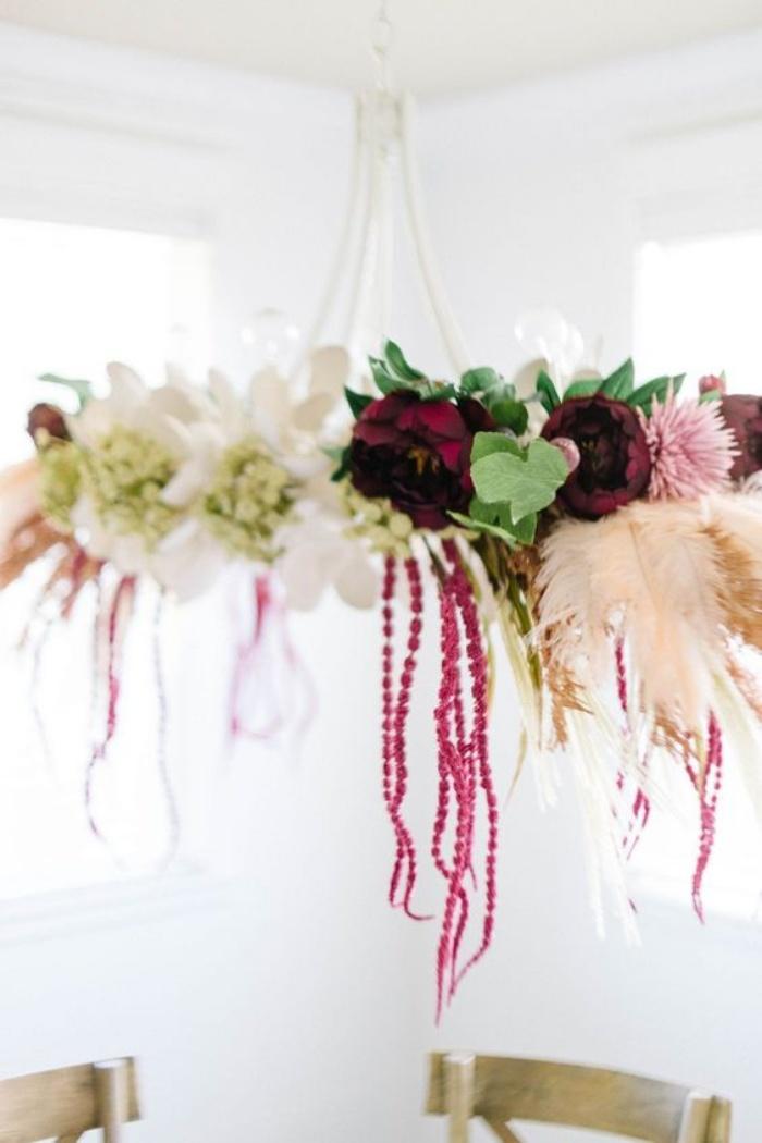 Gợi ý cắm hoa giả tạo nét đẹp tinh tế và lãng mạn bừng sáng không gian sống - Ảnh 3.