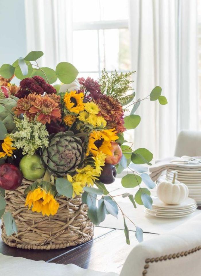 Gợi ý cắm hoa giả tạo nét đẹp tinh tế và lãng mạn bừng sáng không gian sống - Ảnh 2.