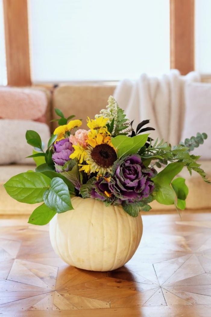 Gợi ý cắm hoa giả tạo nét đẹp tinh tế và lãng mạn bừng sáng không gian sống - Ảnh 14.