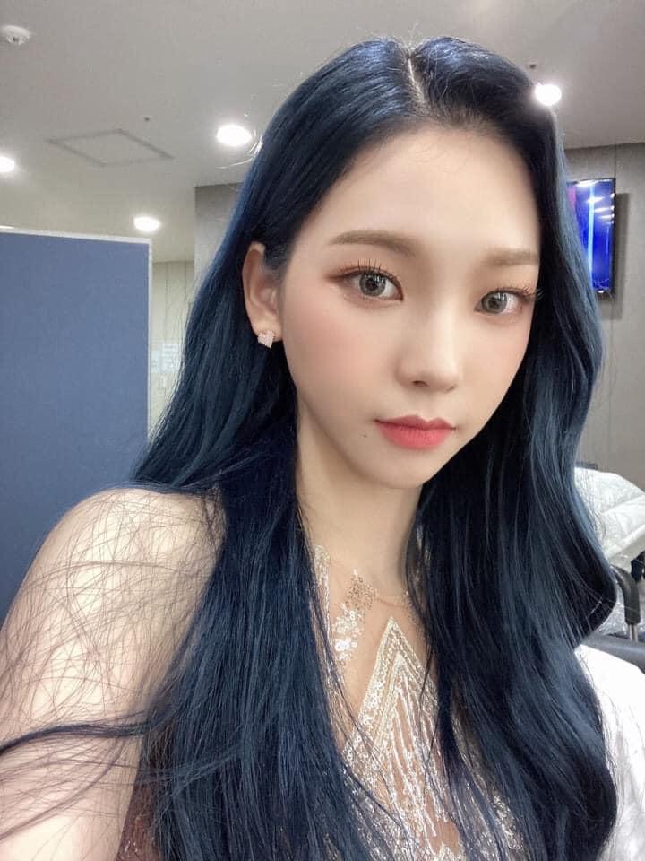 aespa vừa debut đã bị la ó phân biệt đối xử khi cố tình makeup nhạt nhòa cho 1 thành viên - Ảnh 4.