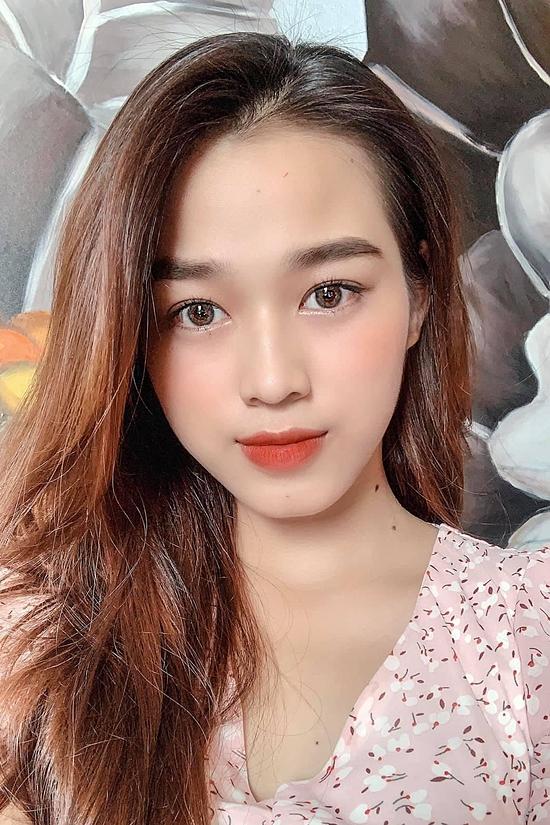 """Tân Hoa hậu Đỗ Thị Hà: Body """"căng đét"""", học vấn đáng ngưỡng mộ nhưng nhan sắc đời thường có được như tung hô? - Ảnh 8."""