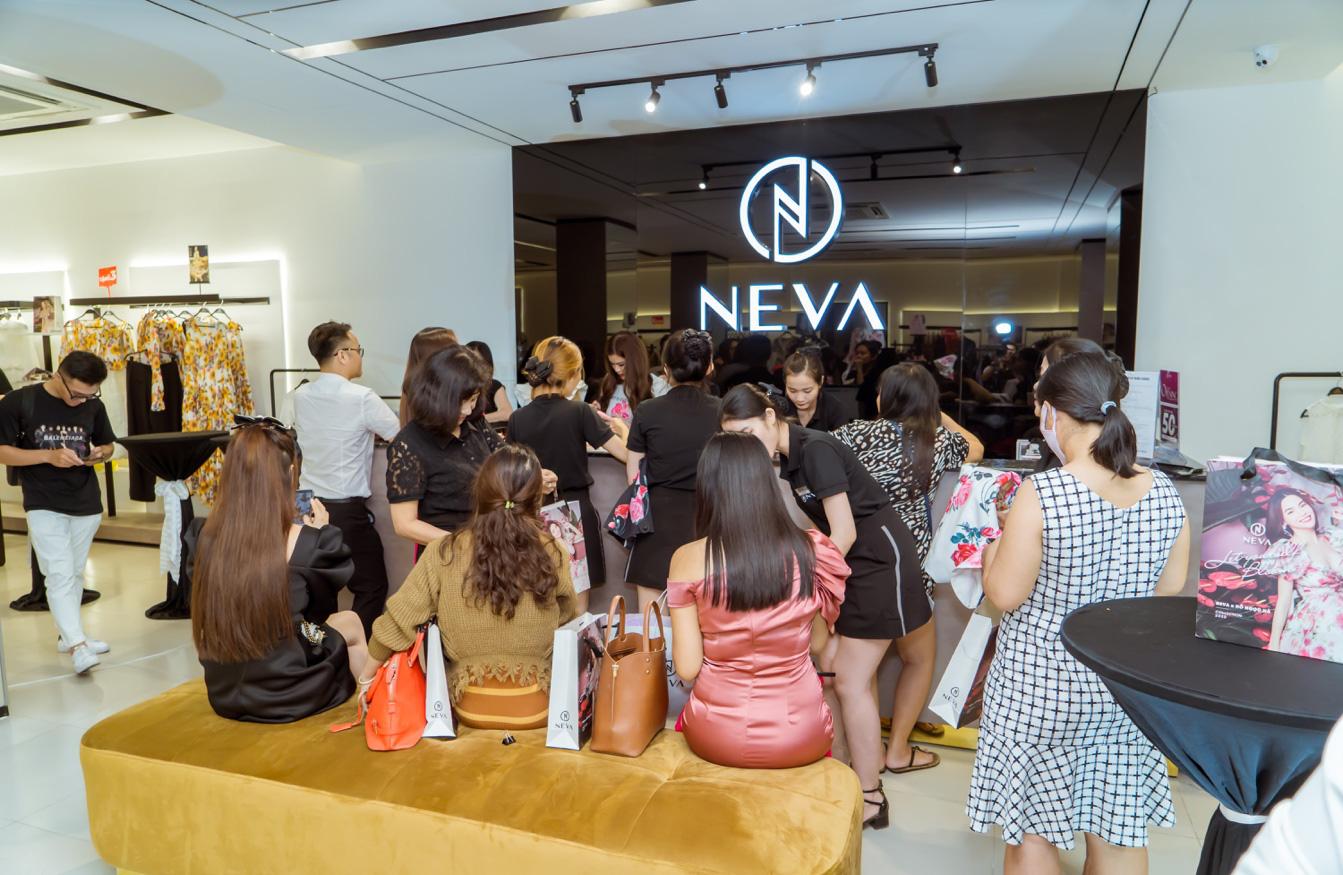 Thời trang NEVA: Khẳng định sự khác biệt - Ảnh 2.