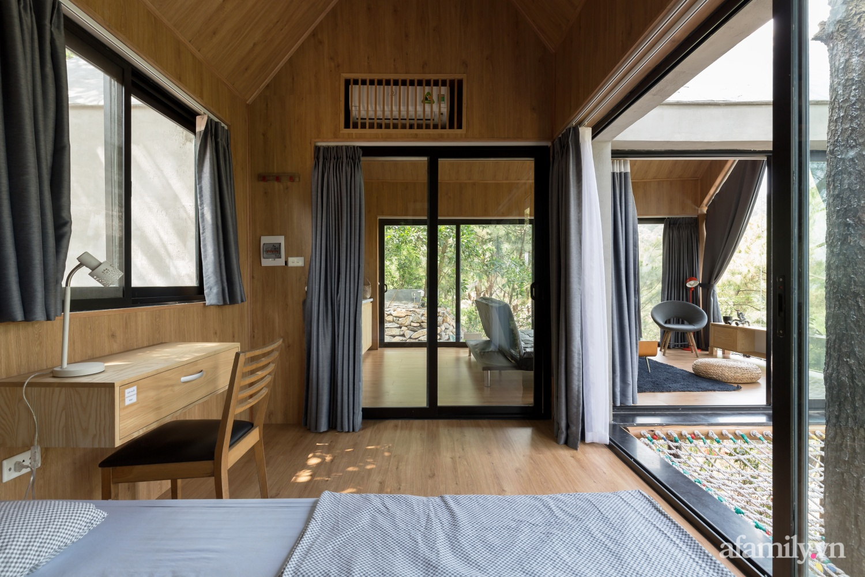 """Ngôi nhà nhỏ 40m² chênh vênh trên núi """"tắm"""" trọn ánh nắng và bóng cây ở ngoại ô Hà Nội - Ảnh 10."""