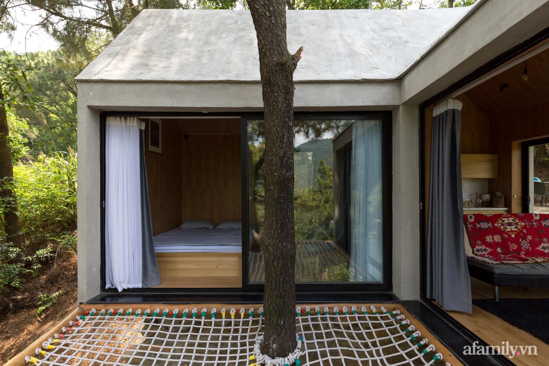 """Ngôi nhà nhỏ 40m² chênh vênh trên núi """"tắm"""" trọn ánh nắng và bóng cây ở ngoại ô Hà Nội - Ảnh 6."""