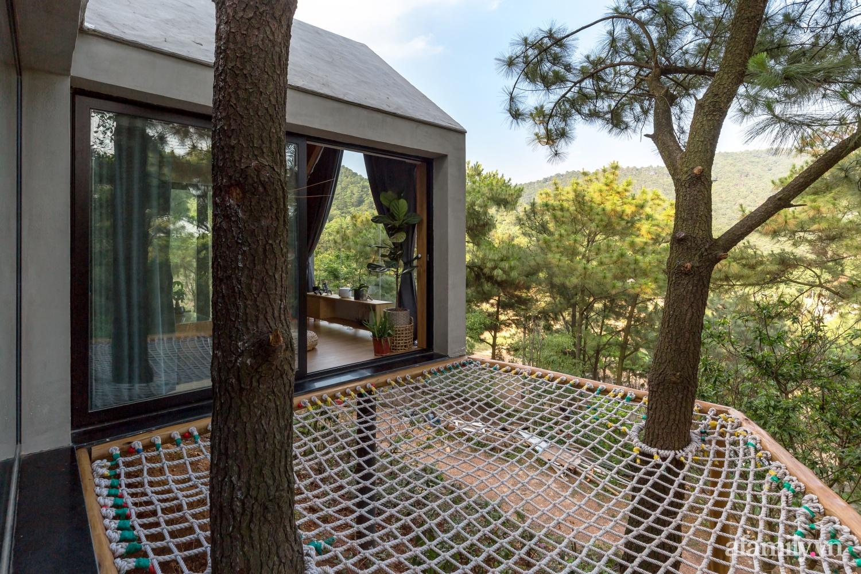 """Ngôi nhà nhỏ 40m² chênh vênh trên núi """"tắm"""" trọn ánh nắng và bóng cây ở ngoại ô Hà Nội - Ảnh 15."""