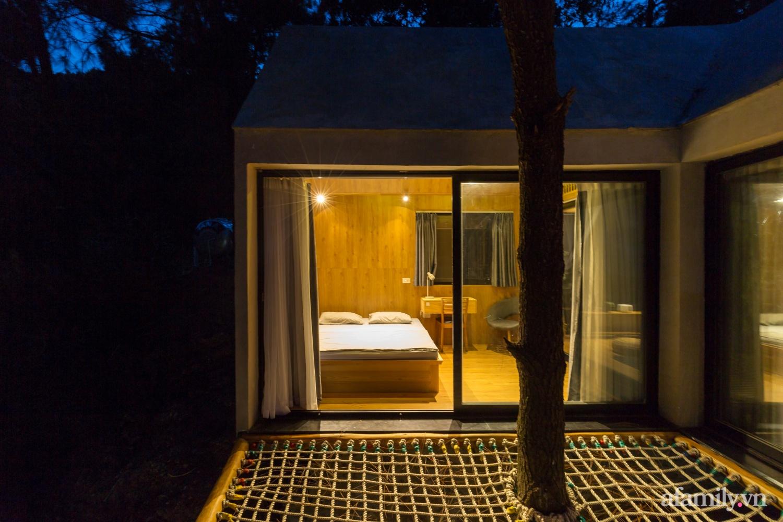 """Ngôi nhà nhỏ 40m² chênh vênh trên núi """"tắm"""" trọn ánh nắng và bóng cây ở ngoại ô Hà Nội - Ảnh 8."""