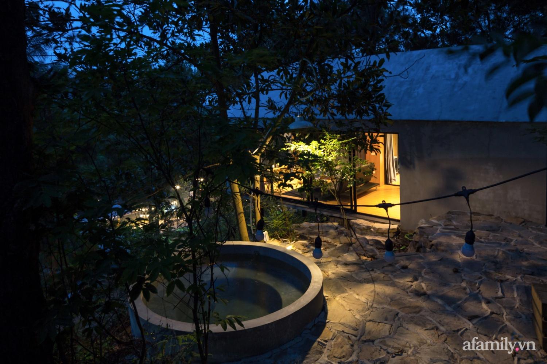 """Ngôi nhà nhỏ 40m² chênh vênh trên núi """"tắm"""" trọn ánh nắng và bóng cây ở ngoại ô Hà Nội - Ảnh 9."""