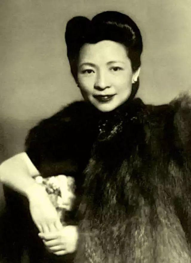 """""""Nữ hoàng Thượng Hải"""" và màn ly hôn đẳng cấp: Cuộc trò chuyện trực diện và đơn giản nhưng khiến chồng cũ phải chủ động lo toàn bộ thủ tục! - Ảnh 4."""