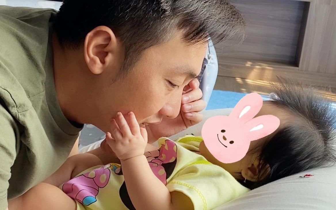 Đàm Thu Trang than thở đã trở thành người thừa của gia đình chỉ sau gần 4 tháng sinh con