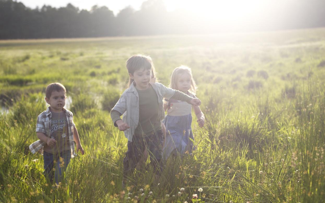 Bí quyết nuôi dưỡng trẻ một cách khỏe mạnh và tự nhiên