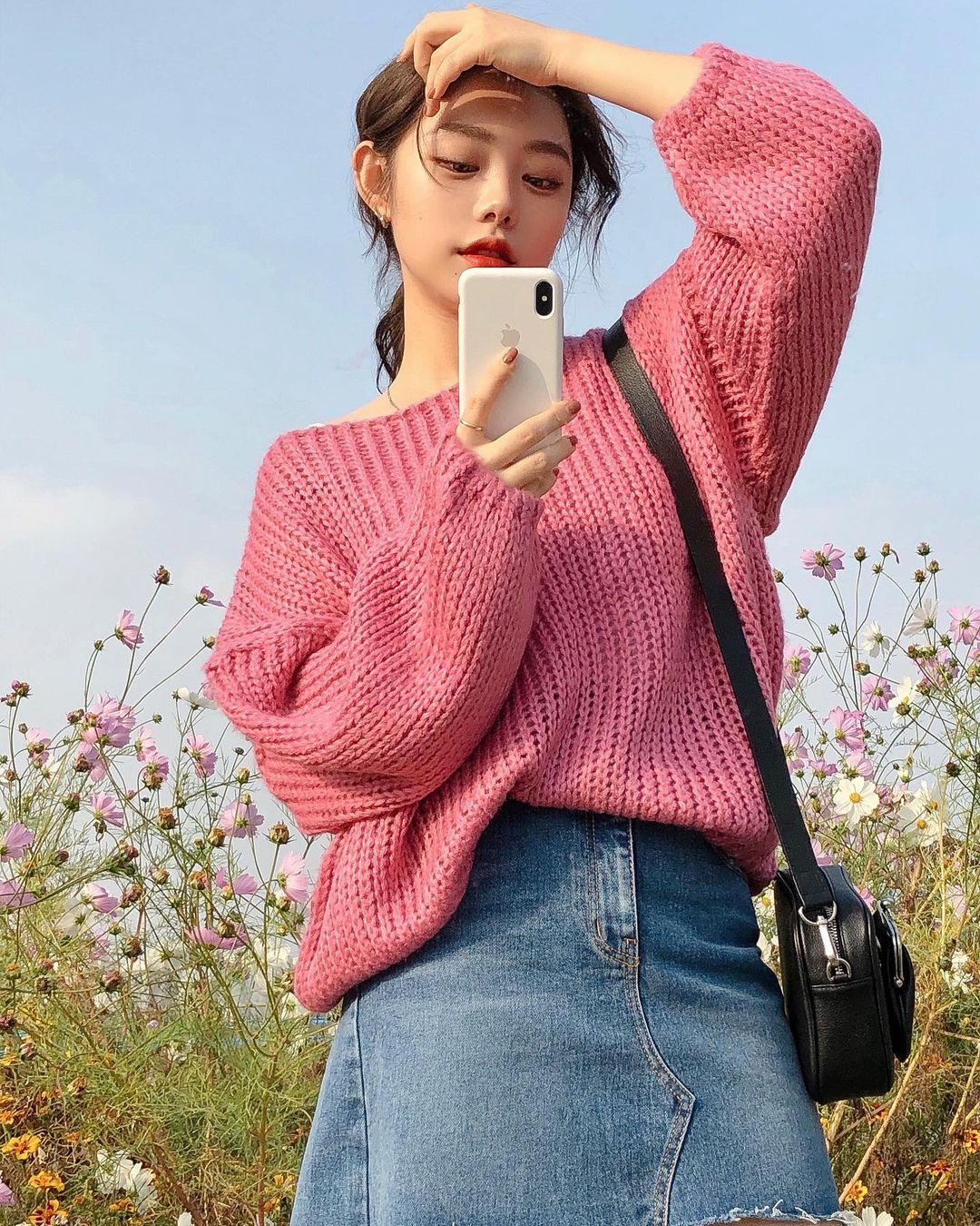 11 gợi ý lên đồ màu mè họa tiết cực xinh từ gái Hàn để bạn áp dụng  - Ảnh 6.