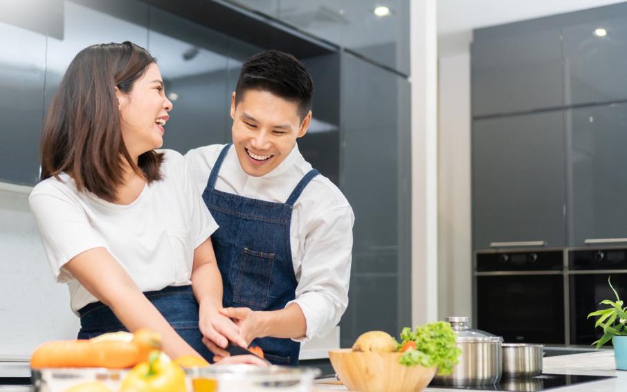 """AQUA ra mắt tủ lạnh kháng khuẩn """"cho vừa"""" hôn nhân các gia đình trẻ"""
