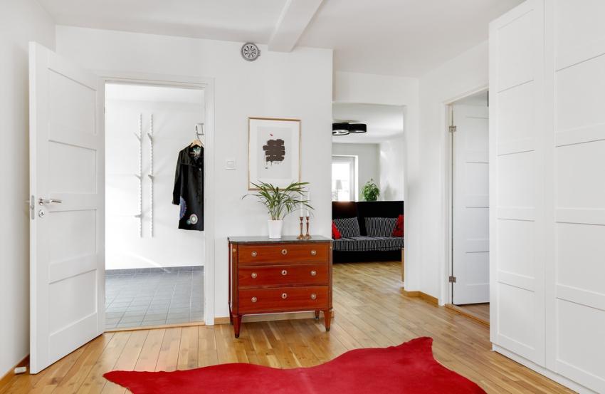 Căn nhà màu trắng mang nắng ngập tràn được thiết kế theo phong cách Bắc Âu nổi bật bên vườn cây xanh mát - Ảnh 10.