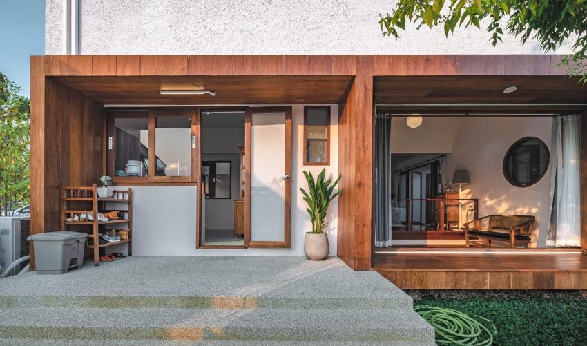 200716onhill8 16062756735121104001440 - Sống hạnh phúc giữa vườn cây xanh cùng căn nhà gỗ bình yên ai ngắm cũng ước ao của gia đình 6 thành viên