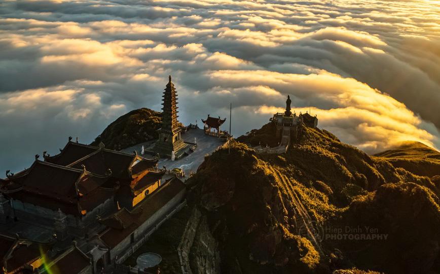 Thiêng liêng lễ cầu an trên đỉnh Fansipan