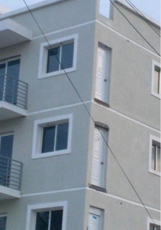 Nhà không có tầng nhưng vẫn đam mê xây cầu thang, gia chủ khiến khách khứa đau đầu dự đoán mục đích và cái kết vô cùng... ngã ngửa - Ảnh 14.