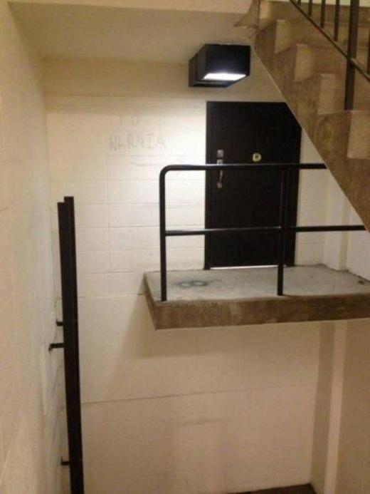 Nhà không có tầng nhưng vẫn đam mê xây cầu thang, gia chủ khiến khách khứa đau đầu dự đoán mục đích và cái kết vô cùng... ngã ngửa - Ảnh 21.