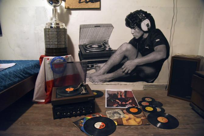 Khám phá nơi yên nghỉ cuối cùng của Maradona, căn nhà Cậu bé Vàng từng sống thuở chưa nổi tiếng - Ảnh 6.
