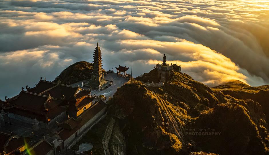 Thiêng liêng lễ cầu an trên đỉnh Fansipan - Ảnh 5.
