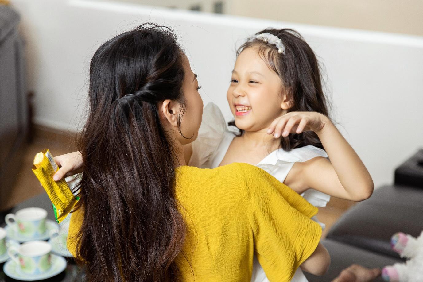 """""""Châm ngôn"""" mới của mẹ trẻ hiện đại: Mẹ mềm dịu, con tự tin hạnh phúc - Ảnh 6."""