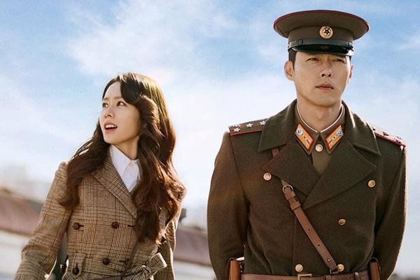 """Hyun Bin - Son Ye Jin bị """"đàn em"""" Kim Soo Hyun - Seo Ye Jin giật mất giải thưởng lớn, """"Hạ cánh nơi anh"""" có tất cả nhưng thiếu may mắn - Ảnh 7."""